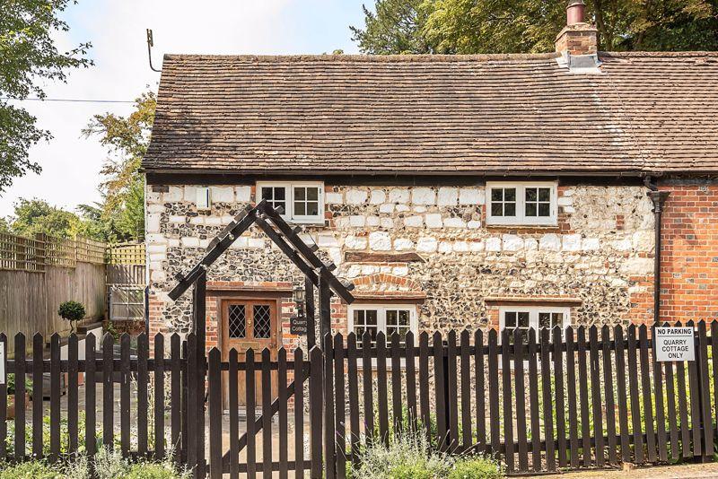 Henley Road Medmenham