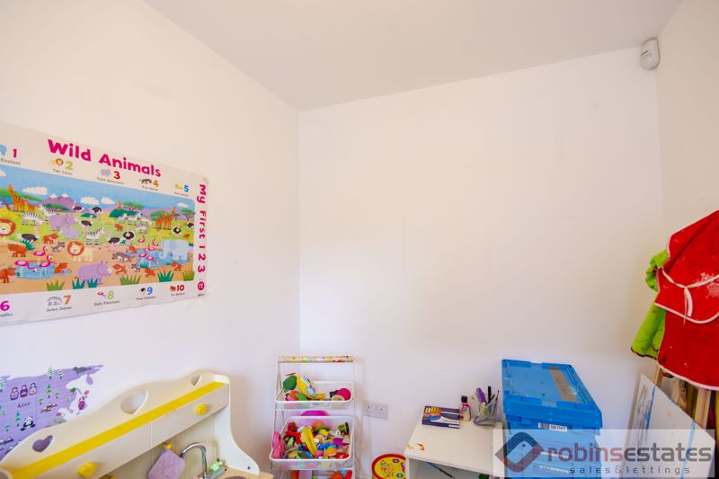 Fourth Bed/Playroom/Study