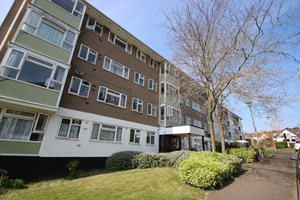 Southfield Park Flats Bartlemas Close