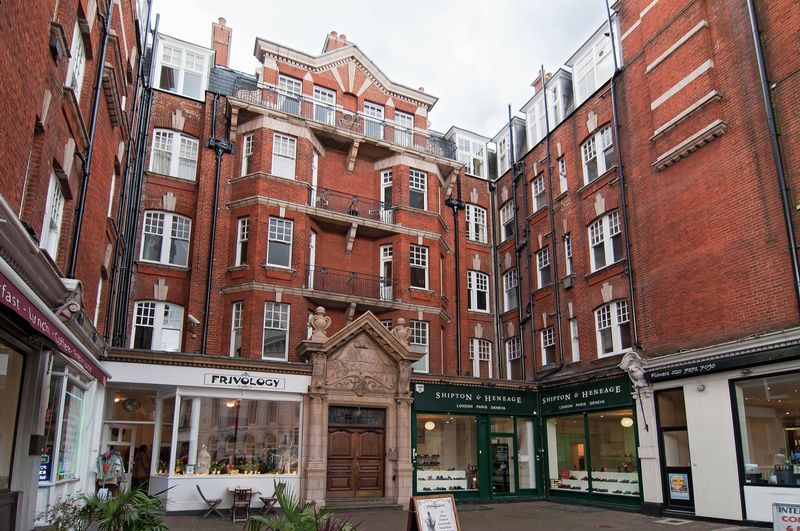 629 Fulham Road