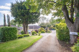 Summerhill Road