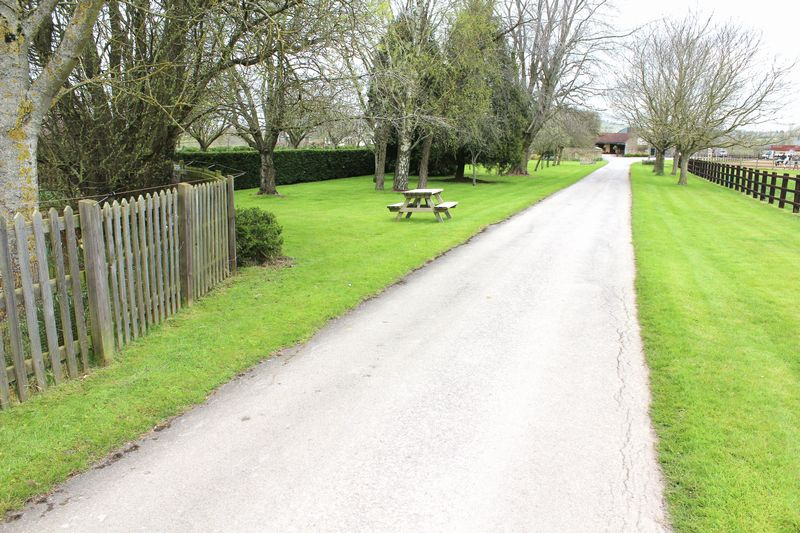 Avon Lane Saltford