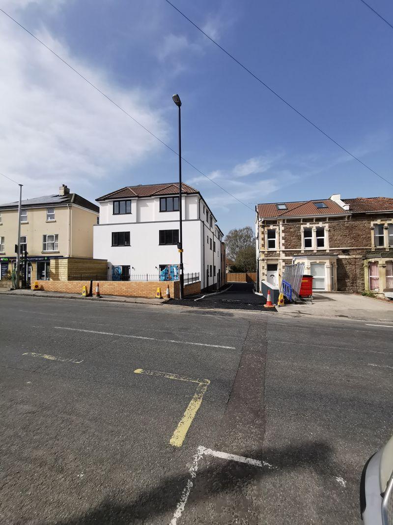 Charlton Road Kingswood