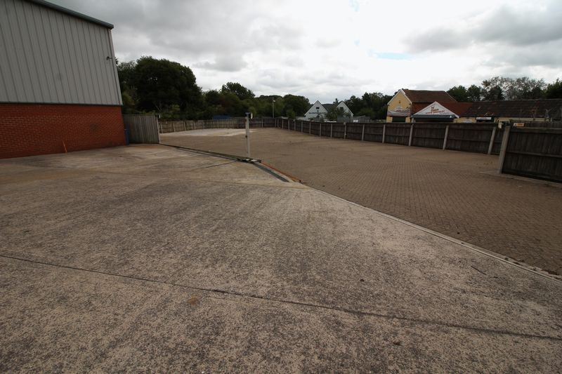Station Road Warmley
