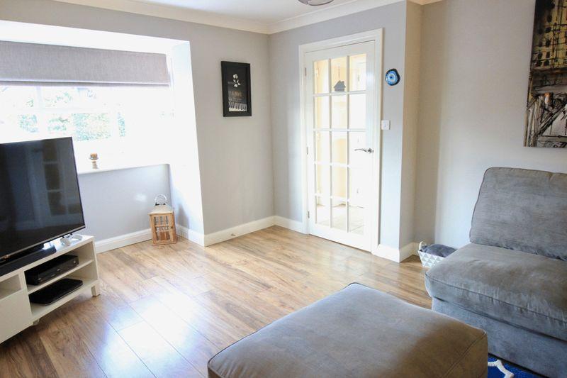 Living Room - Bay window