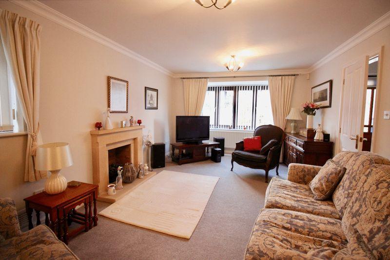 20' Living Room
