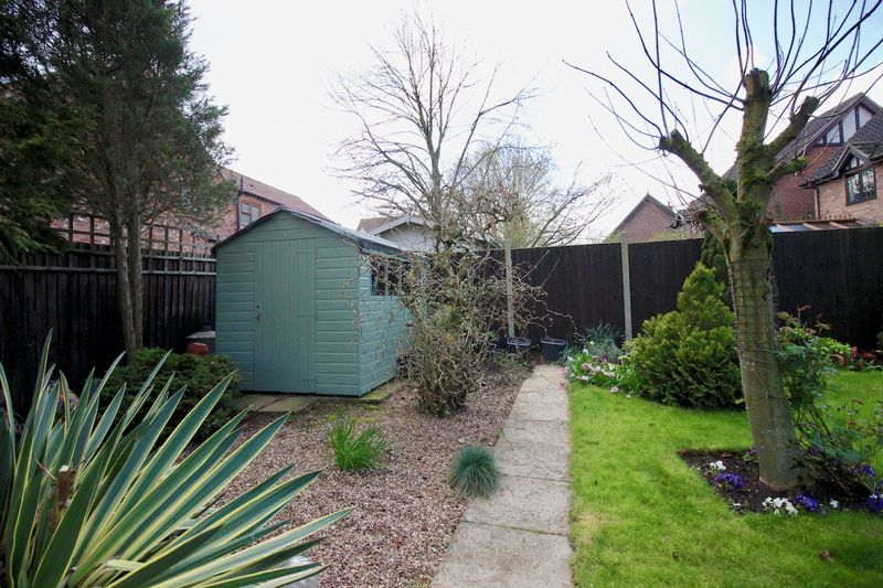 Mature Trees & Potting Shed