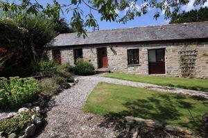 Higher Penhole Farm Cottages East Taphouse
