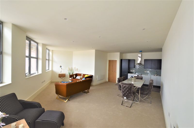 LIVING AREA - REGENT HOUSE