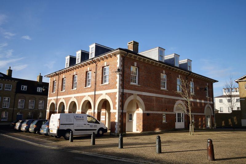 16 Wadebridge Square Poundbury