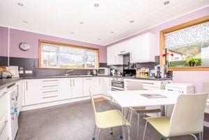 Cairn Grove Crossford