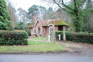 Hamptworth Road Landford