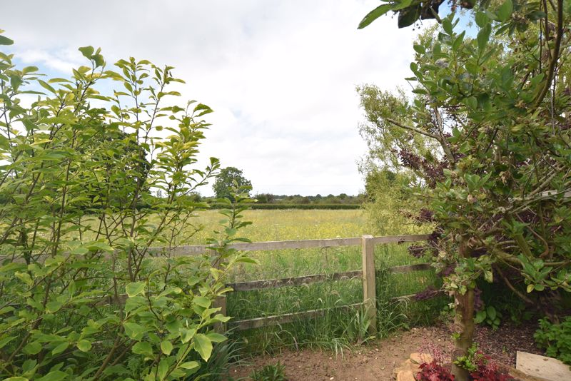 Hawthorn Hill East Lambrook