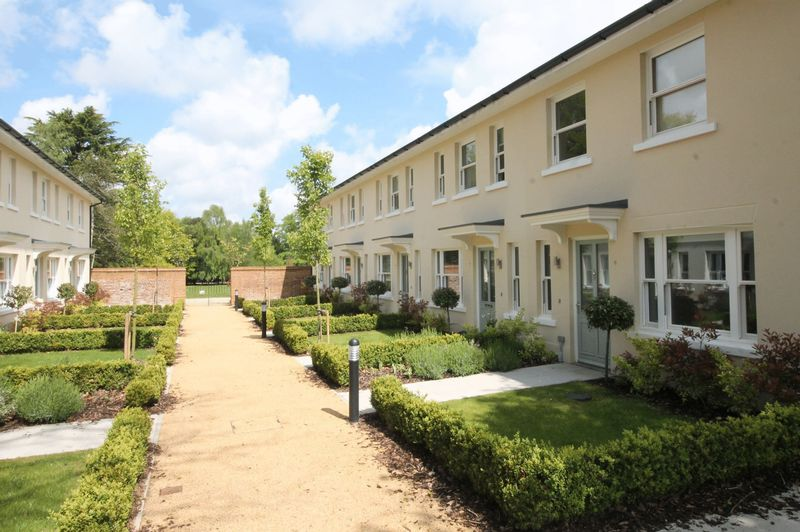 7 Walled Garden Frith Park