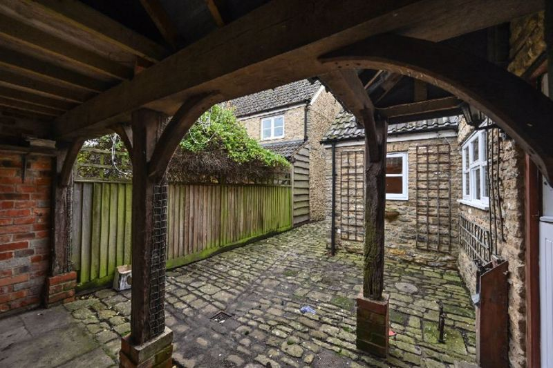 Sutton Lane Sutton Benger