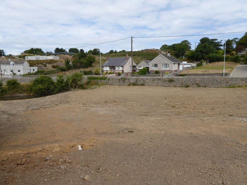 Building Plot Adjacent to Frondeg