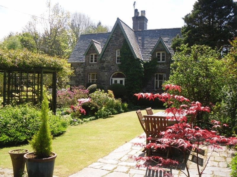 Penrallt Villa