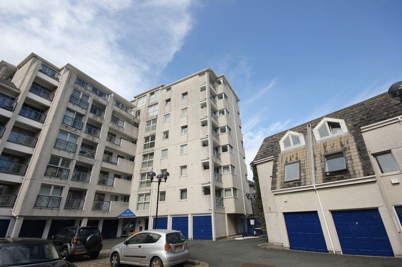 Mariners Court, Lower Street Sutton Harbour