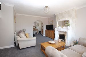 Eastfield Rise Holton-Le-Clay