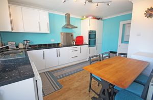 Re-fitted kitchen dining room