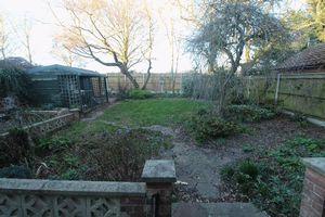Broom Gardens Belton