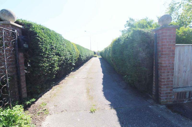 Hawthorn Crescent Bradwell