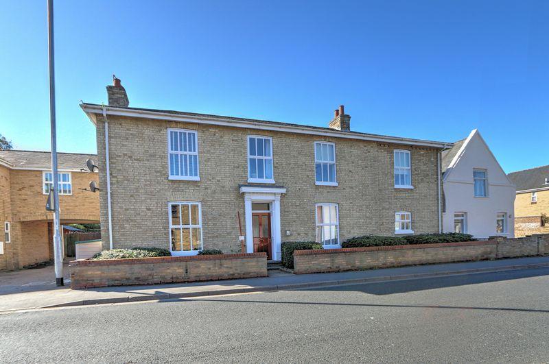 Hall Street Soham