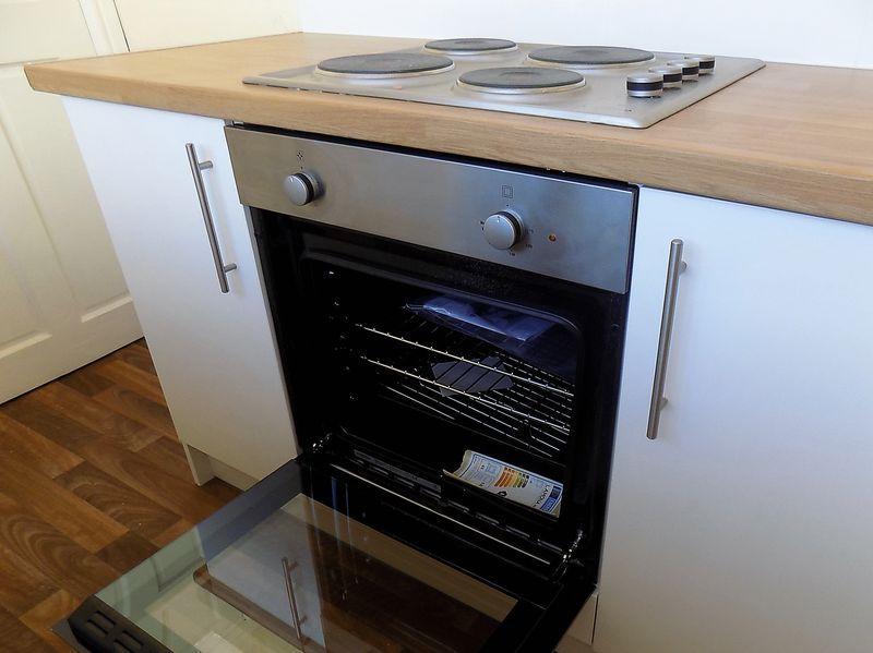 Kitchen -Intergrated Oven