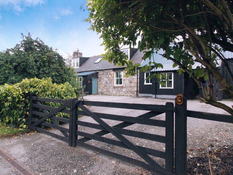 Heughhead Cottages Strathdon