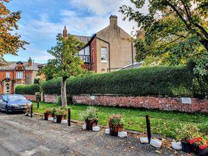 Marlborough Gardens
