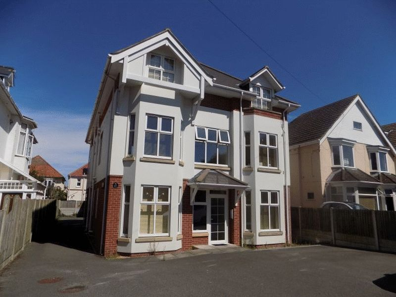 46 Grand Avenue Southbourne