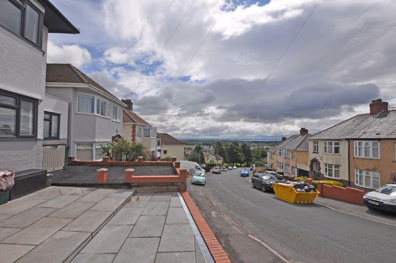 Upper Tennyson Road