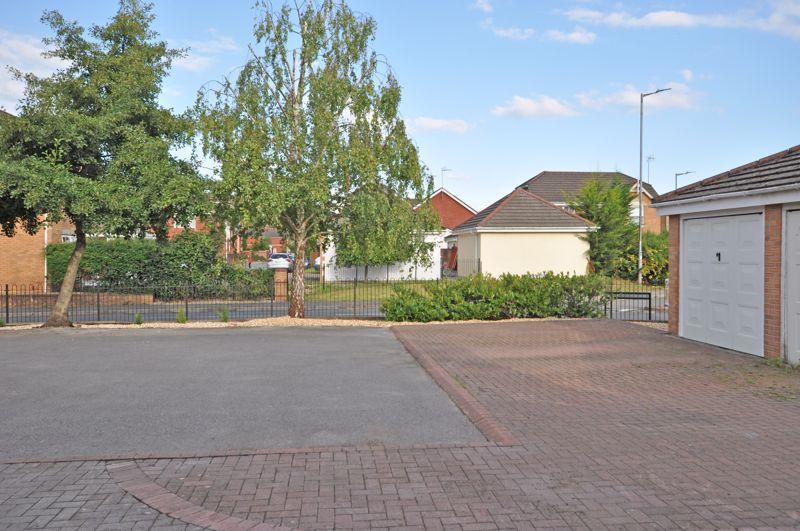 Oak Tree Drive Rogerstone