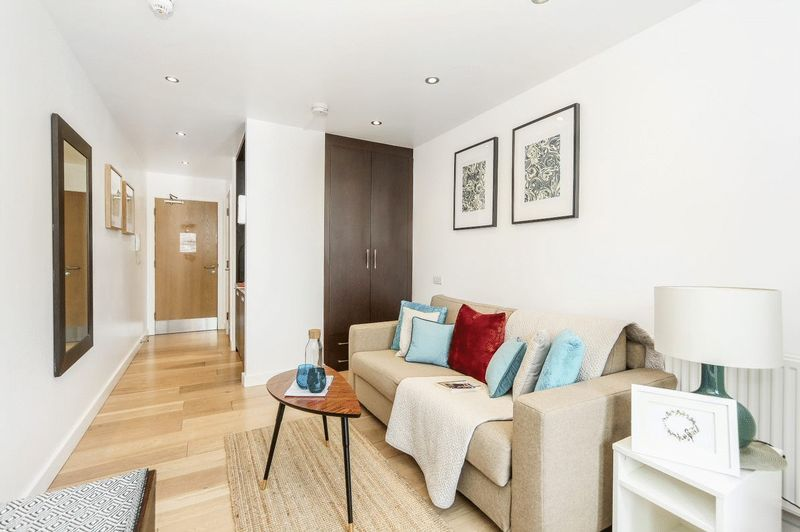 Quarters Apartments, Kilburn High Road