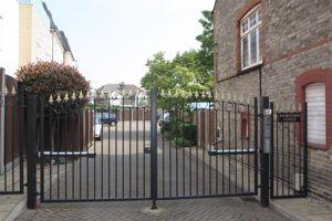 Hazelwood Lane