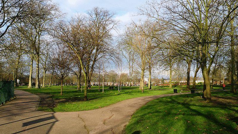Salusbury Road Queens Park