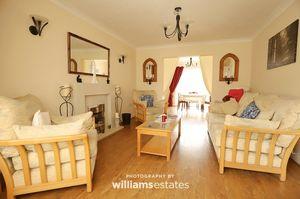 Living Room Aspect 2