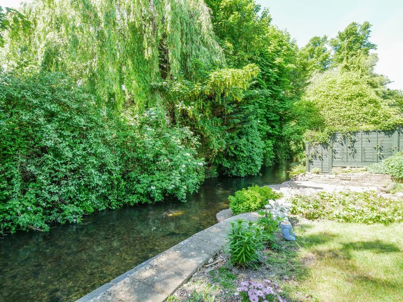 Wooburn Manor Park