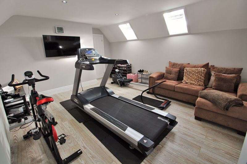 Bedroom Seven / Gym