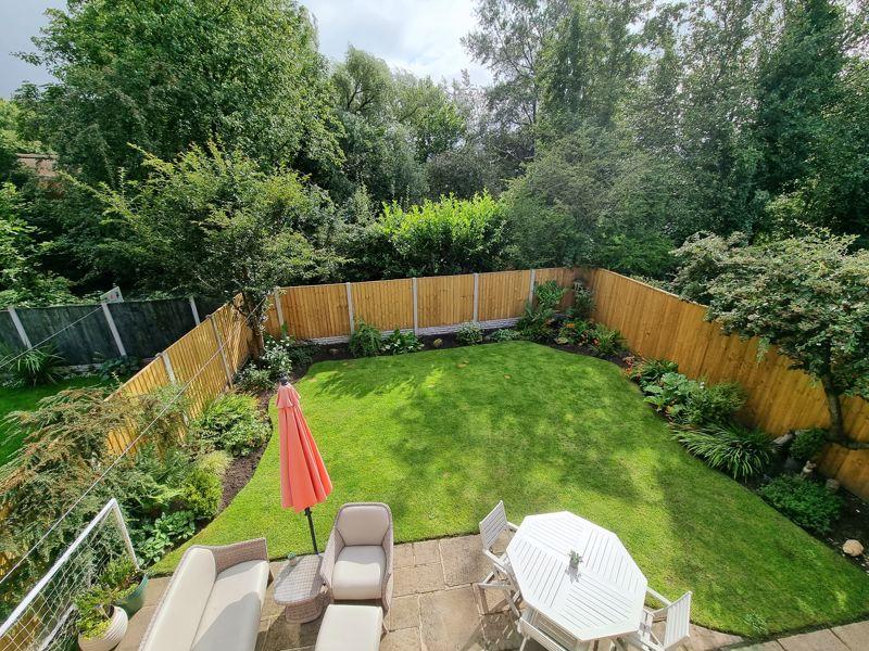 Rear Garden & Outlook