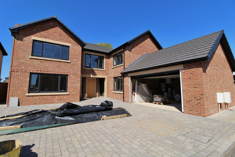 5 Bed Detached New Build