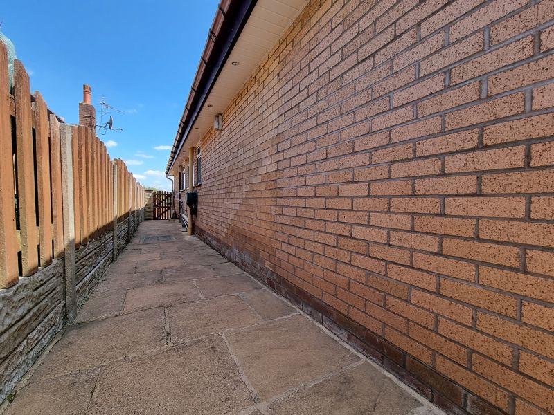 Side Passageway