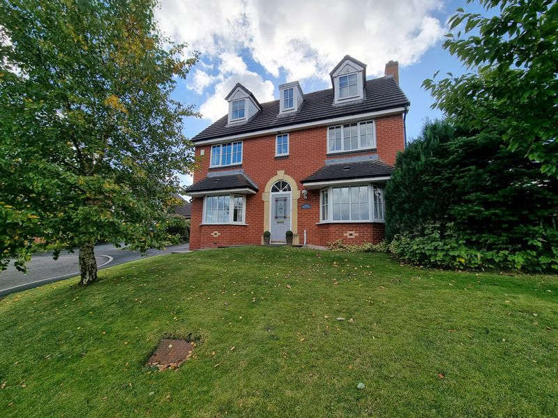 5 Bed 3 Storey Home