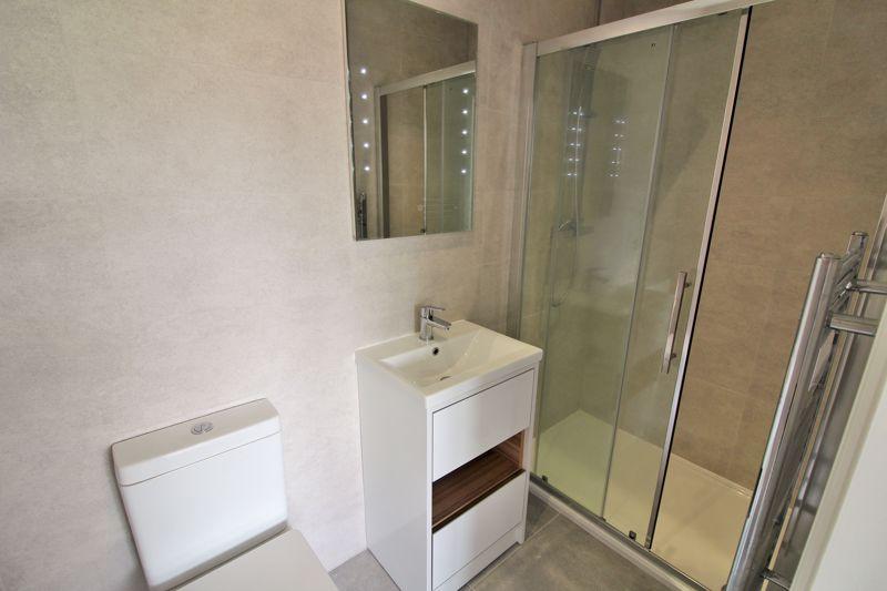 Bedroom One En Suite - EXAMPLE