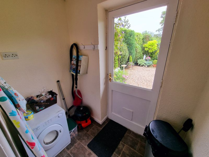 Utility / Rear Porch