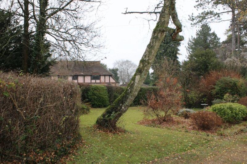 Slines Oak Road Woldingham