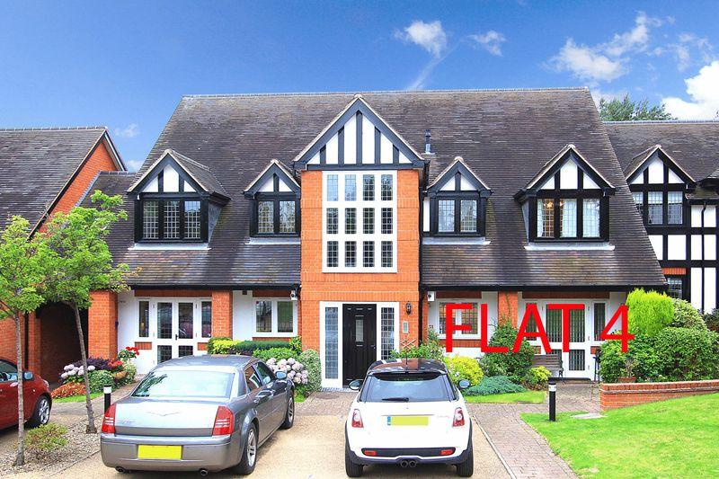 Weller Court Finchfield