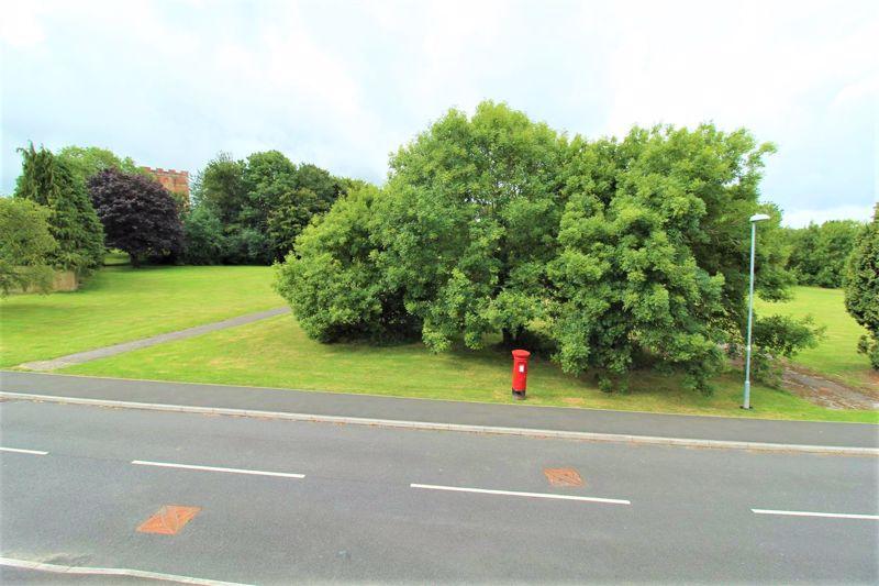 Farnborough Road Locking