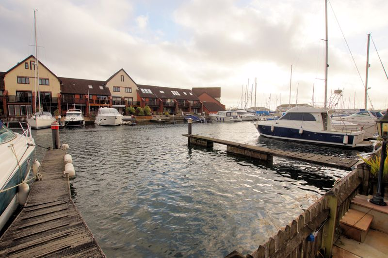 Sennen Place Port Solent