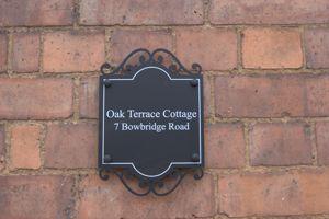 7 Bowbridge Road